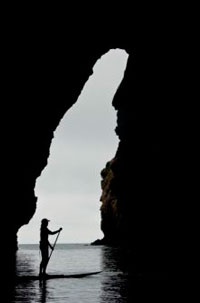 stand-up-paddling-in-painted-cave