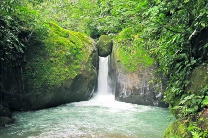 Uvita Waterfalls Lover Tour